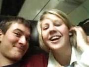 Гиг Порно  Смелая пара устроила оральный секс в поезде