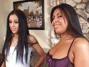Гиг Порно с пухленькой Латинские цыпочки за равноправную оргию