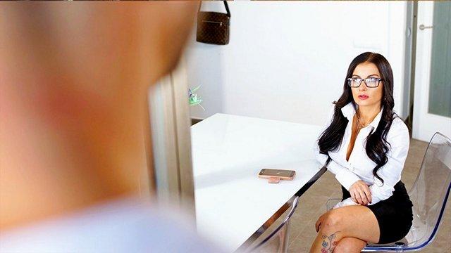 Гиг Порно Богатая замужняя милфа скучая по члену соблазнила чистильщика бассейнов HD Большие Сиськи Бритые Киски Женщины в Возрасте Жесткий Секс Мамки Минет На Лицо гигпорно видео