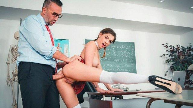 Гиг Порно Жесткие уроки анального секса для молодых студенток продолжаются, часть 2 HD Анальный Секс Большие Жопы В колледже В Позе Раком Грубый Секс Жесткий Секс Красотки Минет Молодые Натуральные Сиськи Нижнее Бельё Студентки Униформа гигпорно видео