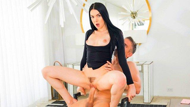 Порно онлайн девушки женщины боссы
