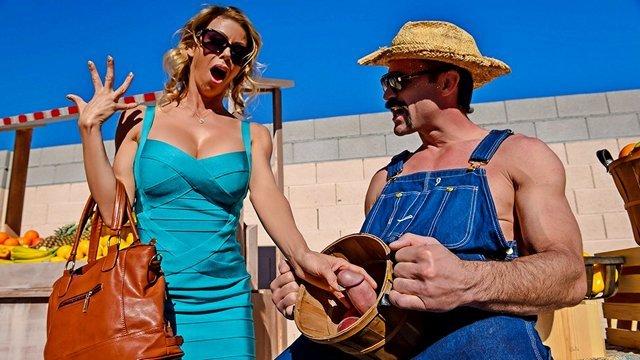 Гиг Порно Фермер показал гламурной сисястой милфе свой самый главный фрукт со спелой красной головкой HD Блондинки Большие Сиськи Волосатые Киски Жесткий Секс Зрелые Женщины Мамки Минет Порно Звезды гигпорно видео