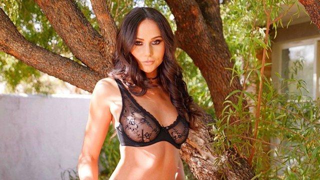 Шикарная красавица порно