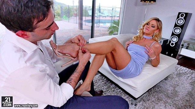 Гиг Порно Фут фетиш, Jessa Rhodes я хочу чтобы ты меня раздел, жестко трахнул и кончил на мои ножки в конце HD Блондинки Большие Сиськи Жесткий Секс Зрелые Женщины Минет Ножки Порно Звезды Фетиш Фут-Джоб гигпорно видео