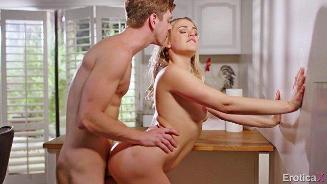 Видео страстный секс онлайн бесплатно