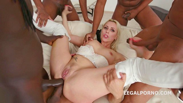 Порно групповое негры и блондинка смотреть онлайн бесплатно в хорошем качестве