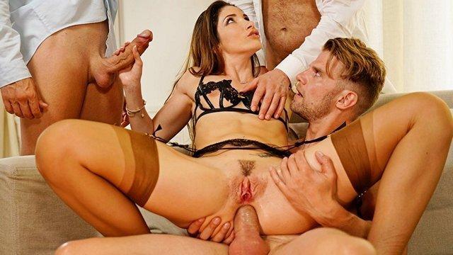 Самая гламурная женщина мира в порно видео и порно актрисы