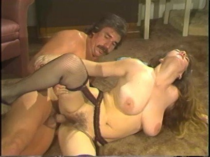 Гиг Порно Ретро Порно pornhub.com большая грудь большой хуй в сперме в чулках волосатая каблуки натуральные сиськи огромные сиськи ретро сперма вытекат сперму на сиськи фетиш гигпорно видео