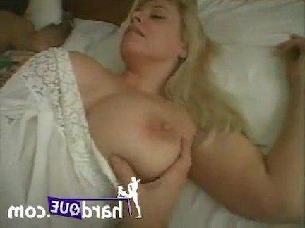 Гиг Порно Зрелая итальянка с горячими ножками подверглась траху во сне от первого лица Блондинки Большие Сиськи Женщины в Возрасте Секс от 1-го Лица гигпорно видео