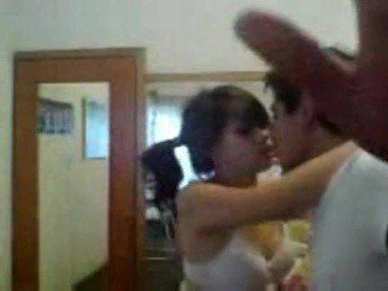 Гиг Порно одежда Брюнетки Латинки Любители Молодые Униформа гигпорно видео