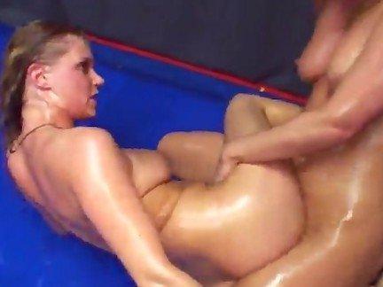Гиг Порно сексуальная Большие Сиськи Жесткий Секс Лесбиянки Фетиш гигпорно видео