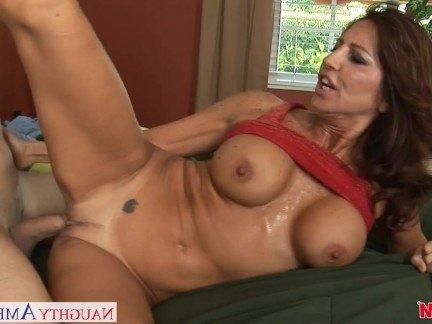 Гиг порно с пышными формами смотреть онлайн