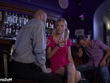Гиг Порно  HD Блондинки Европейки Маленькие Сиськи Молодые гигпорно видео