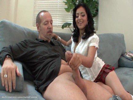 Кино порно сильвия бесплатно целую ей ноги