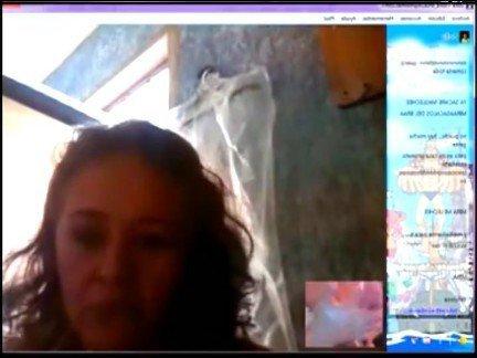 Гиг Порно Латинская мамаша развелась на демонстрацию сисек на вебкамеру Веб-камеры Латинки Любители Мастурбация гигпорно видео