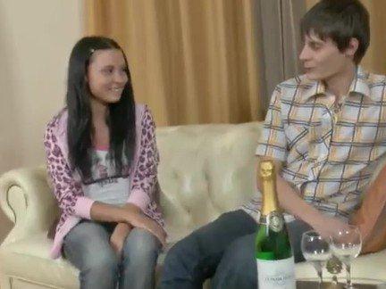 Гиг Порно аматюрка Брюнетки Жесткий Секс Красотки Молодые гигпорно видео