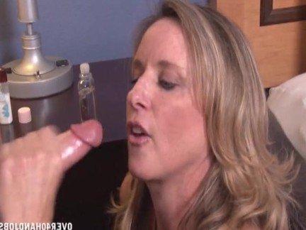 Гиг Порно Дрочка feitsh блондинка большая грудь в сперме горловой минет ебля в рот кончил на лицо мама мамаша милфа натуральные дойки огромные дойки отсос спермо-подборка сперму на сиськи гигпорно видео