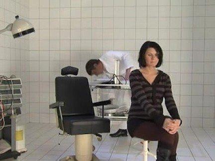 Гиг Порно Фетиш big belly fake doctor аматюрка беременная брюнетка в позе раком дрочит парню лижет пизду маленькая грудь натуральные сиськи немецкая милфа орал отсос сосет член трах в жопу фетиш гигпорно видео