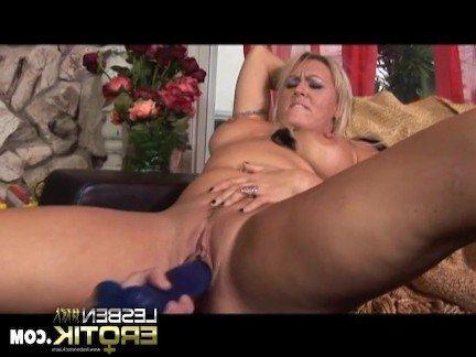 Гиг Порно Старая лесбиянка в сапогах занимается мастурбацией с молодой телкой Блондинки Женщины в Возрасте Лесбиянки Секс Игрушки гигпорно видео