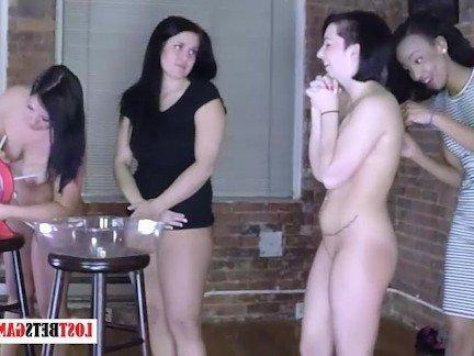 Гиг Порно Вечеринки lostbetsgames strip game брюнетка вечеринка девушка с девушкой дразнится забавное красавицы лесбиянка любители маленькие сиськи огромные дойки секс игрушки стриптиз темнокожая гигпорно видео