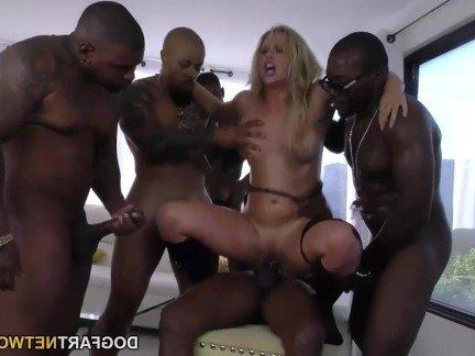 Порно видео блондинок с большими хуями