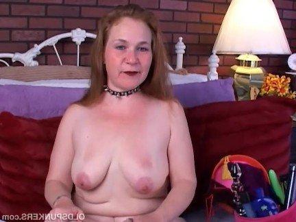Гиг Порно Старая леди мастурбирует пилотку перед страстным трахом без резинки Женщины в Возрасте Мастурбация Рыжие Секс Игрушки гигпорно видео