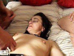 Гиг Порно  HD Брюнетки В Сперме Двойное Проникновение Женщины в Возрасте гигпорно видео