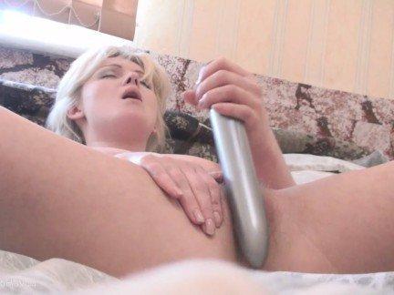 Гиг Порно  HD Блондинки Мастурбация Молодые Секс Игрушки гигпорно видео