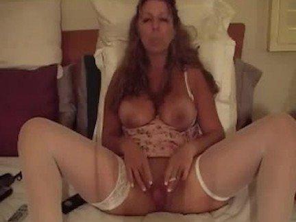 Гиг Порно Курящие smoking joi ананирует блондинка дрочит курит мама мамаша мамашка мастурбирует милфа со странностями старый гигпорно видео