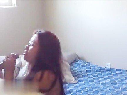 Гиг Порно большое домашнее Азиатки Большие Сиськи Веб-камеры Любители гигпорно видео