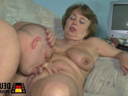 Хороший жесткий секс племянник с тетей