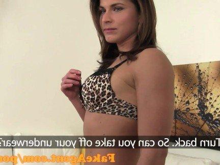 Гиг Порно Искрометная юница с огромными грудями совокупляется на кастинге HD Любители Маленькие Сиськи Секс от 1-го Лица гигпорно видео