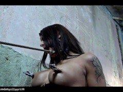Гиг Порно Бондаж bondage slave bound gagged strugglingbabes бдсм бондаж давится хуем привязанная раб связанная связанную фетиш чешское гигпорно видео