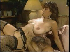 Гиг порно Загорелая проститутка здоров обслужила богатого таракана из бара гигпорно Большие Сиськи Брюнетки Ретро Порно Хардкорный Секс бесплатное секс видео