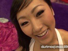 Порно 18-летняя азиатка позволила поиметь свою узкую пизду и накончать на лицо видео