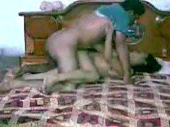 Гиг порно Индусская девочка сношается старшим братцем на камеру родителей гигпорно Веб-камеры Индианки Любители Минет бесплатное секс видео