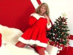Секс Пышная бэйба сняла рождественский наряд показывая сочные формы видео