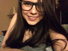 Гиг порно Девушка в очках играет со своими молодыми дойками на фронтальную камеру гигпорно HD Для Женщин Домашнее Порно Лесбиянки Любители Эксклюзив бесплатное секс видео