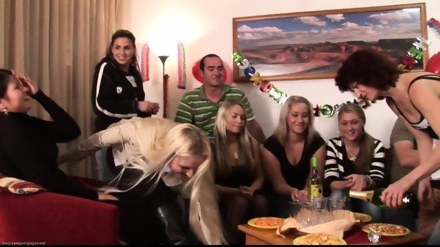 Порно элитные вечеринки