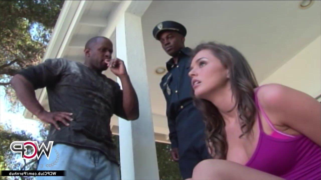 Порно онлайн охранники русское