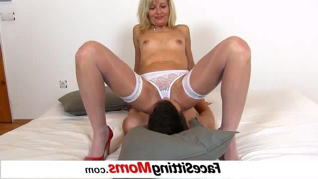 Порно жена измена с огромными членами фото