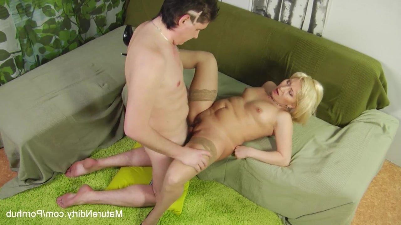 Секси бабушки гиг порно