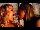 Гиг Порно  Скачать бесплатно секс: Хардкорная латексная лесбийская секс-оргия в стиле садо-мазо