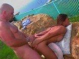 Скачать порно ролик: Восточную горячую порно-звезду хардкорно дрючат в пизду и жопу