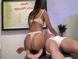 Гиг Порно  Азиатский эротический массаж с пикантным продолжением