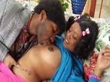 Молоденькая сиськастая негритяночка отдается своему бойфренду