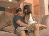 Знойная и грудастая порно-актриса на пареньке с крепким членом