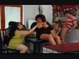 Жаркая домашняя оргия толстушек - видео для истинных ценителей :)
