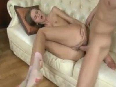стонущая сучка порно