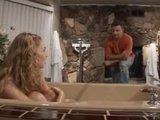 Гиг Порно оргазм в ванне Молодой девушке захотелось хорошего горячего секса по-взрослому